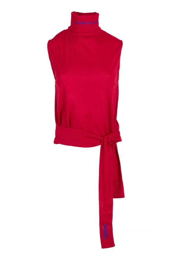 embroidered sleeveless turtleneck in red